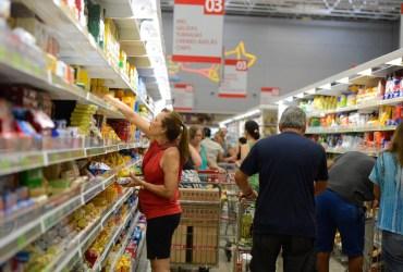 Supermercados do Grupo Nova Era funcionam em novo horário a partir desta quinta-feira (14)