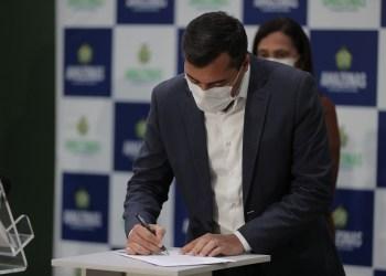 Wilson Lima anuncia convocação de mais 1.273 aprovados em concurso da Secretaria de Educação