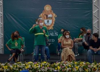 Prefeitura de Manaus divulga lista de servidores que receberão 14º e 15º salários