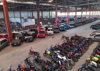 Detran-AM leiloa mais de 3.600 veículos e bate recorde em 2020