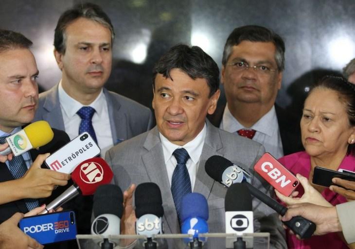 Governadores pedem suspensão de voos internacionais