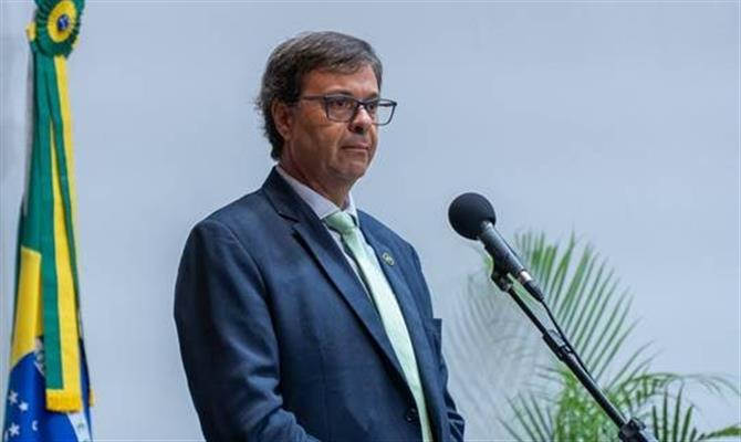 Presidente da Embratur assume Ministério do Turismo