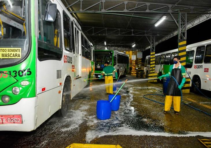 Prefeitura realiza mais uma fiscalização em garagens de ônibus para verificar sanitização dos veículos