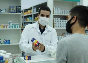 Dia do Farmacêutico: os desafios da profissão e o mercado em tempos de pandemia