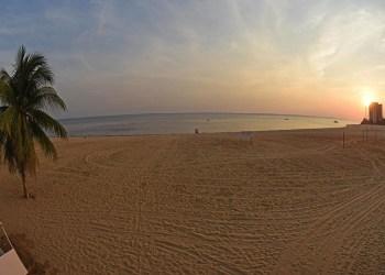 Prefeitura mantém interdição da praia da Ponta Negra até o dia 31 de janeiro, como medida de prevenção à Covid-19