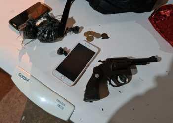 Com arma de fogo e drogas, trio é preso durante operação da SSP-AM na zona centro-sul
