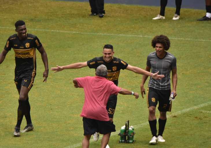 Fast goleia o Iranduba por 3 a 0 e assume liderança do grupo B do Barezão 2020