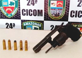 No Centro de Manaus, homem é detido pela PM por crime de ameaça e porte ilegal de arma de fogo