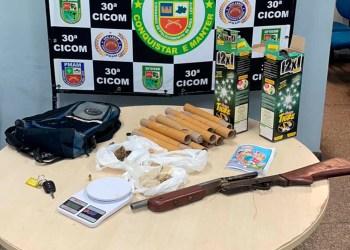 PM apreende drogas e arma de fogo, e detém oito envolvidos com o tráfico, na zona leste