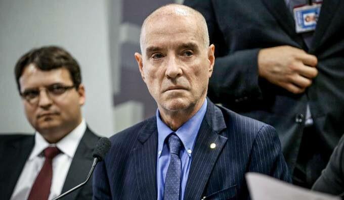 CVM multa Eike Batista em R$ 150 mil por conflito de interesse