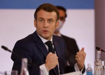 Macron deixará toda França em confinamento para frear avanço da pandemia