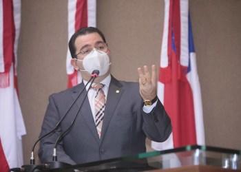 """""""Enquanto MG avança com a CPI dos Fura-Fila, Amazonas patina com a CPI da Pandemia"""", diz Wilker"""