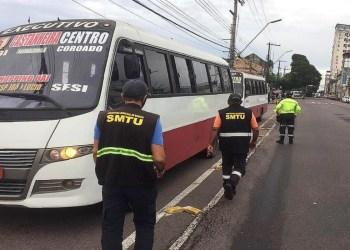 Operação do IMMU apreende veículos irregulares do transporte executivo