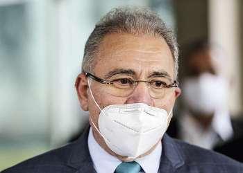 Forças Armadas vão ajudar na vacinação no Brasil, diz ministro da Saúde