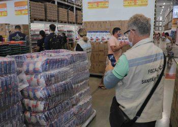 CIF vistoriou mais de 90 supermercados para verificar cumprimento de medidas de prevenção da Covid-19, em Manaus