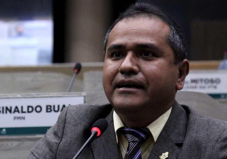 Daniel Vasconcelos faz Indicação à prefeitura para reforma estrutural no CMAE Aníbal Beça