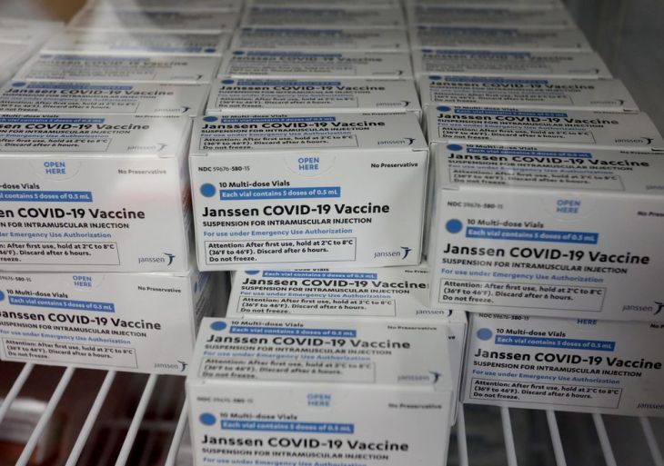 Estudo aponta menor eficácia da Janssen contra variantes