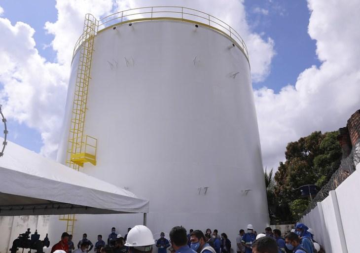 Prefeito David Almeida entrega nova rede de abastecimento no Tarumã, que beneficiará mais de 20 mil pessoas