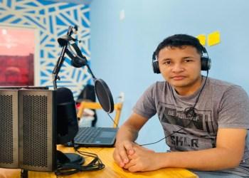 Estudante da Faculdade Martha Falcão vence premiação do Spotify com podcast sobre o cotidiano da Amazônia