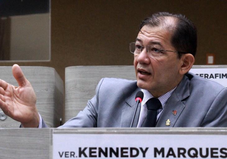MANAUS, 01/06/21 VEREADOR KENNEDY MARQUES (PMN) DISCURSANDO NO PLENARIO DA CAMARA MUNICIPAL DE MANAUS. FOTO: ROBERVALDO ROCHA / CMM