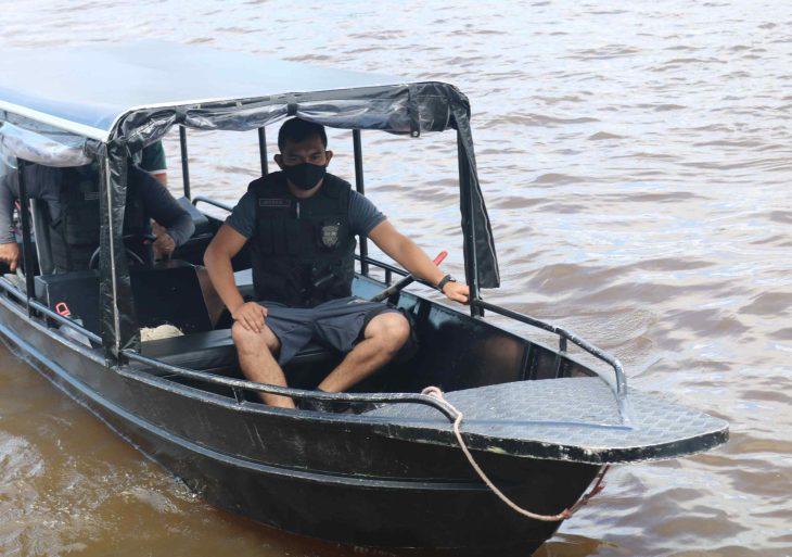 Cheia dos rios em Anamã muda rotina da Polícia Militar