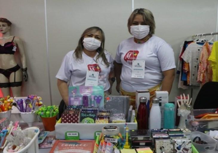 Servidores empreendedores expõem produtos e serviços em feira de negócios