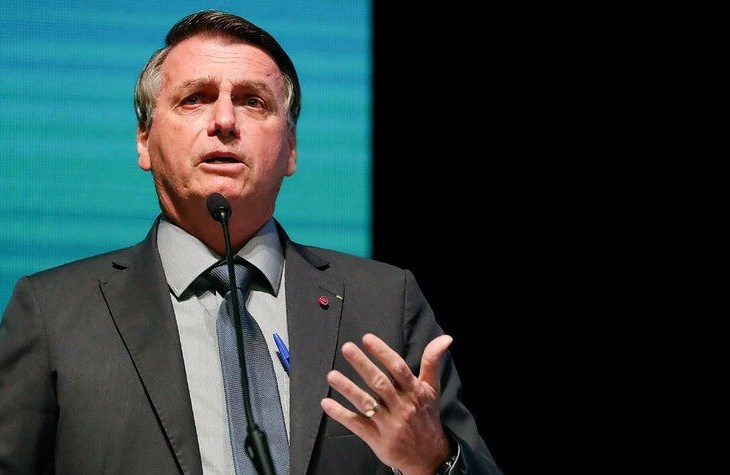 Bolsonaro sobre Manaus: 'Queria saber cadê Aziz e Eduardo Braga'