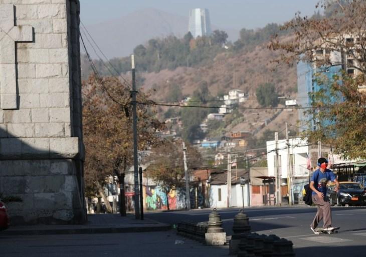Chile fecha capital novamente após disparada de casos de covid-19