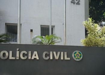 Polícia Civil do Amazonas cumpre dois mandados de prisão por tráfico de drogas, roubo e associação criminosa