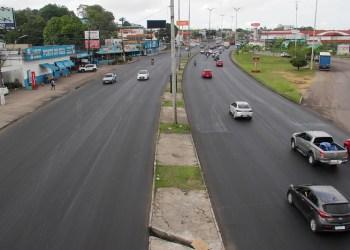 Prefeitura finaliza revitalização da avenida Torquato Tapajós
