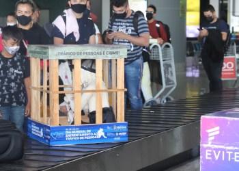 Coração Azul: Aeroporto de Manaus recebe ação de conscientização contra o tráfico de pessoa