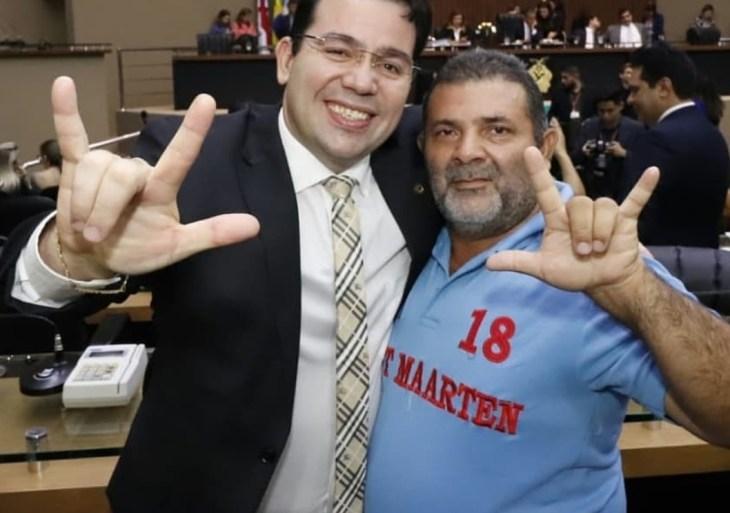 Wilker apresenta emenda à LDO para realização de concurso para tradutor e intérprete de Libras no Amazonas