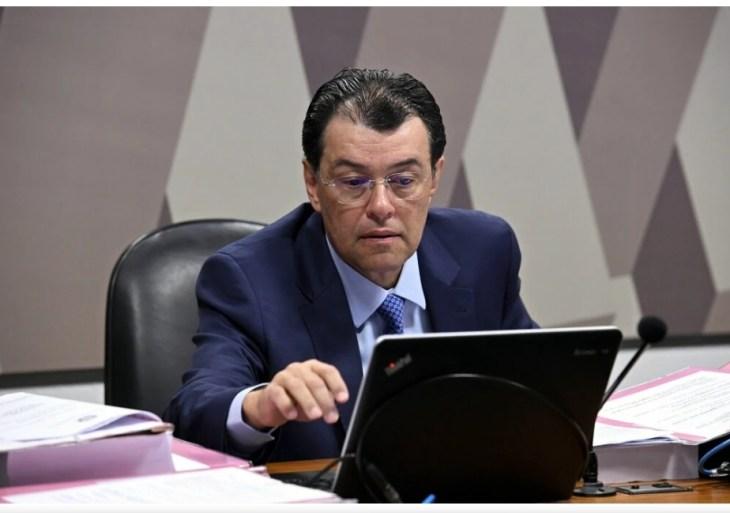 G7 da CPI da Pandemia exclui Eduardo Braga e grupo vira G6