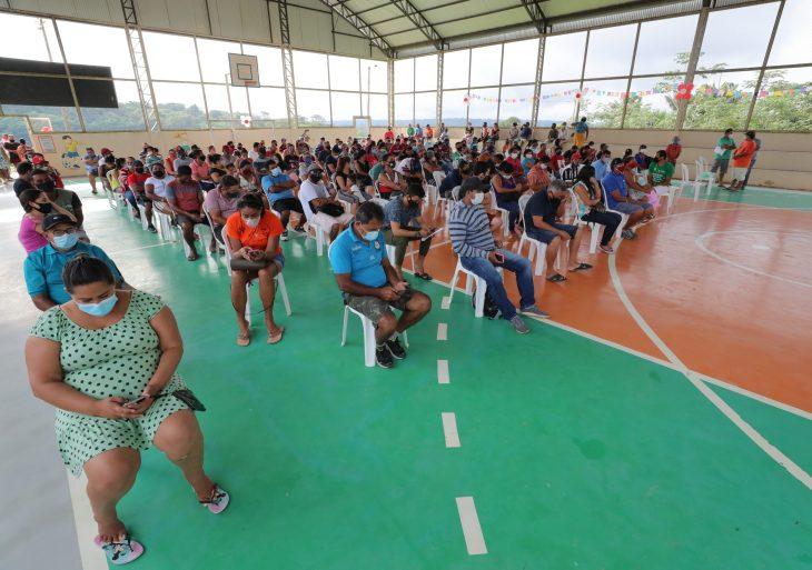 Em Rio Preto da Eva, Wilson Lima garante auxílio aos municípios na aceleração de vacinação contra Covid-19