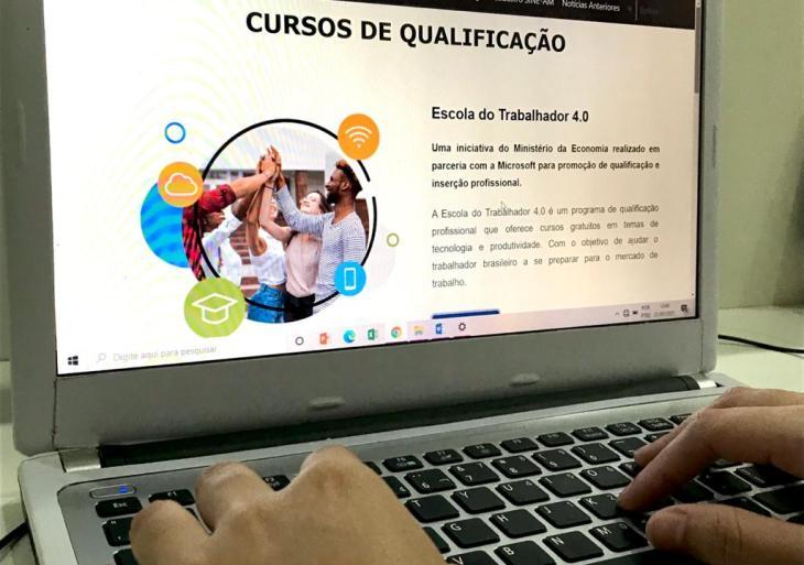 Governo do Amazonas, por meio da Setemp, oferece mais de 50 cursos de qualificação on-line na área de tecnologia