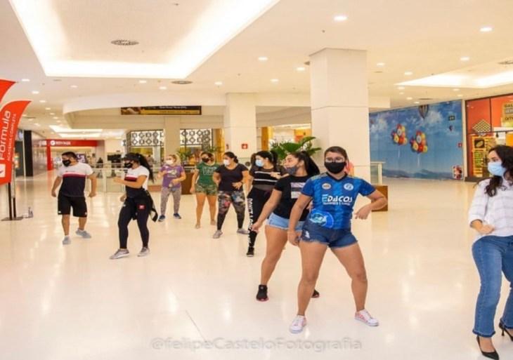 """Fórmula Academia e Shopping Ponta Negra realizam """"aulão"""" gratuito de dança"""
