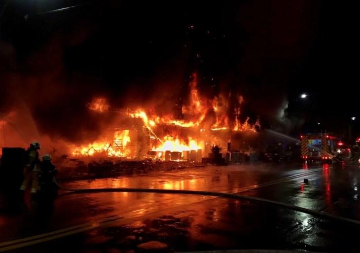 Incêndio em prédio em Taiwan deixa 46 mortos e 41 feridos