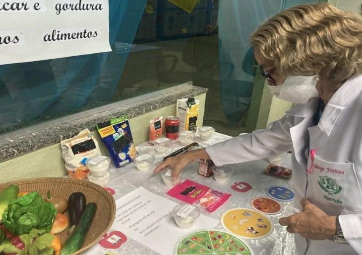 Prefeitura realiza ação nutricional com servidores da Semed sobre boas práticas alimentares