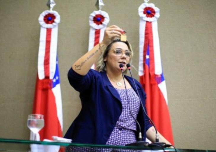 Ex-secretária da Seped denuncia Governo do Amazonas por desrespeitar lei que garante gratuidade a PCDs em eventos