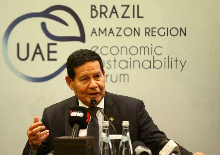 O vice-presidente Hamilton Mourão, durante entrevista coletiva.