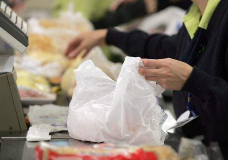 Câmara dá mais prazo para comercio se adequar à lei que proíbe uso de sacolas plásticas