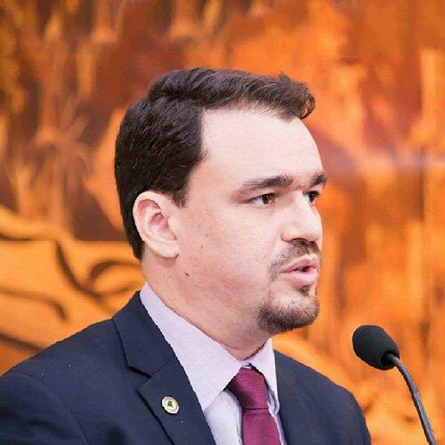 Há requisitos jurídicos para pedido de impeachment do governador, avisa Daniel Zen