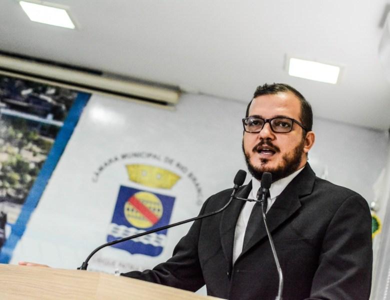 """""""A miséria e a fome são fruto da injustiça na distribuição do alimento"""", observa Rodrigo Forneck"""