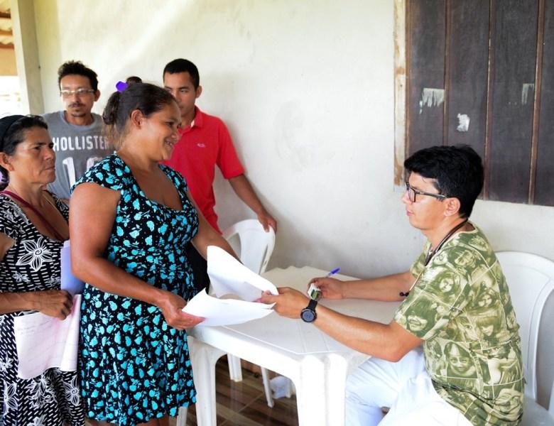 Jenilson Leite participa de ação de saúde alusiva a campanha Outubro Rosa na zona rural de Tarauacá