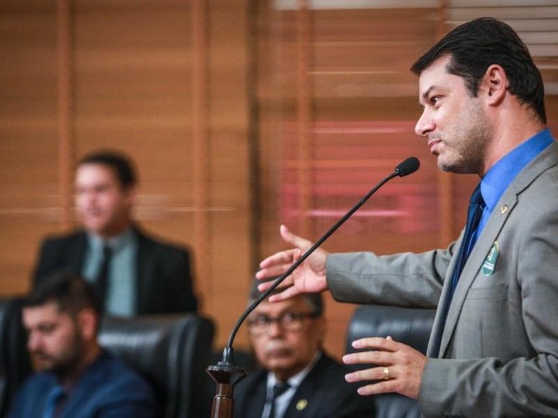 Roberto Duarte obriga Ministério Público a sair da zona de conforto ao cobrar investigação no contrato da Murano