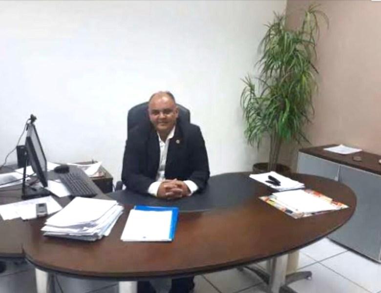 Delegado-geral de Polícia Civil desmoraliza policiais e nomeia motorista do Iapen para cuidar da sua segurança