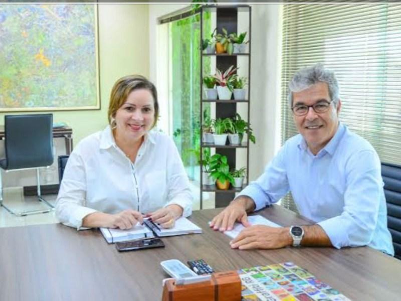 Direção do PT desmente convite de Jorge Viana para Socorro Neri trocar de partido