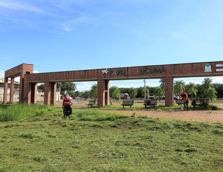 Prefeitura de Rio Branco intensifica manutenção de praças e parques