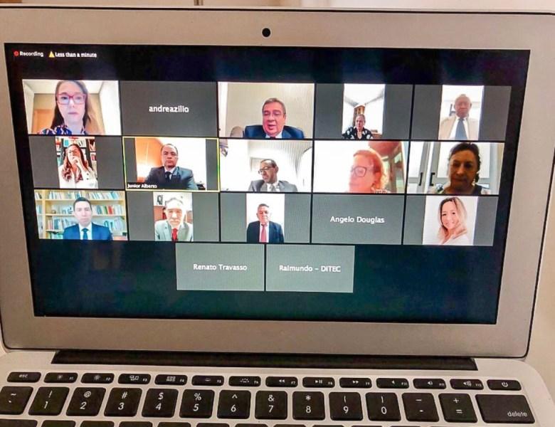 Desembargadores do Acre realizam primeira sessão virtual para manter fluxo de trabalho da Justiça
