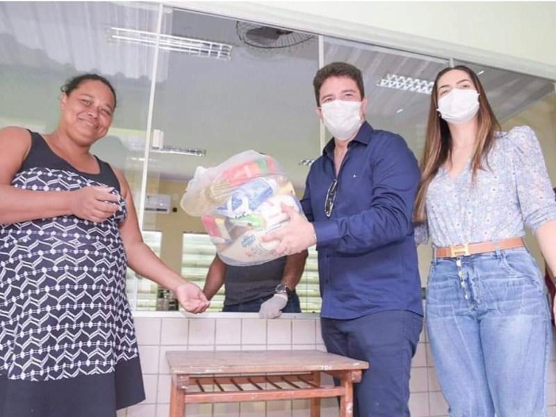 Compra de sacolões sem licitação pode expor fome de pasteiros e amigos de autoridades pelo dinheiro público